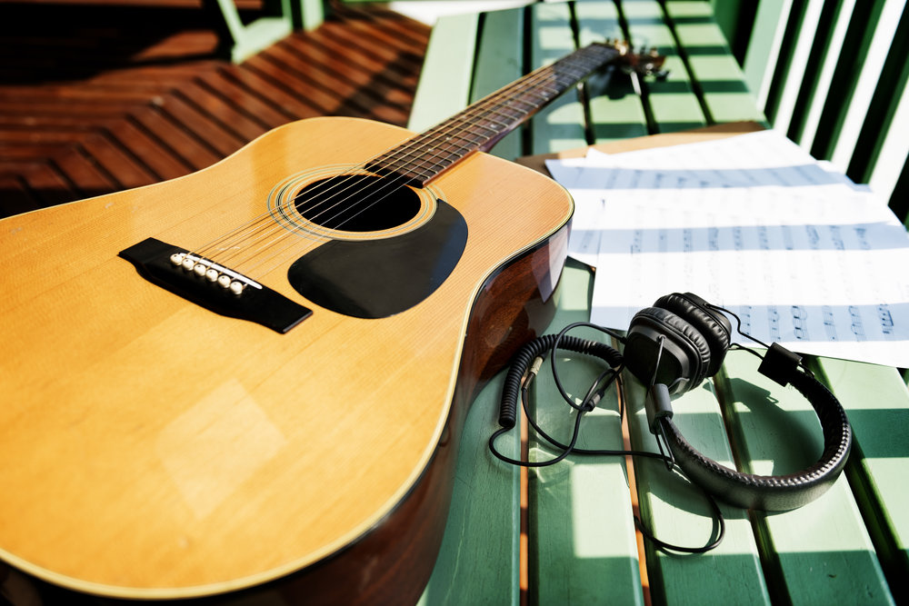 Songwriting for beginner guitar players