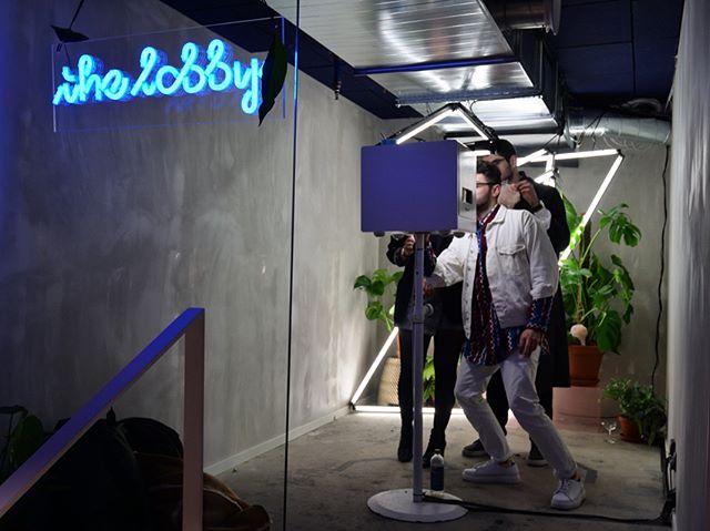 Gör som @thelobbystockholm och lys upp din butik med vår Fotoautomat vid nyöppning - eller för att liva upp en helt vanlig tisdag! 💡🎉