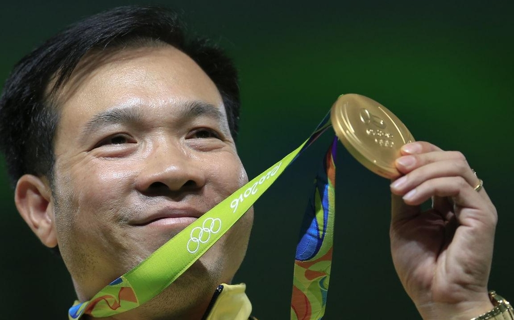 The first Vietnamese Gold medalist, Hoang Xuan Vinh