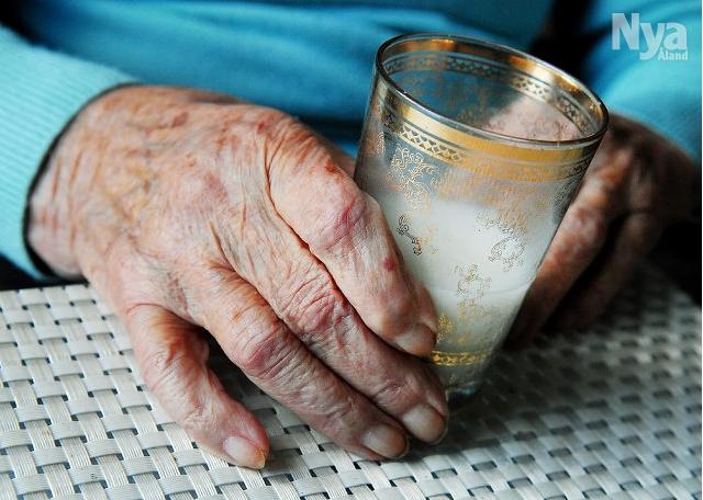 Den fattiga pensionären är oftast en kvinna  (Nya Åland, 6.9.2018)