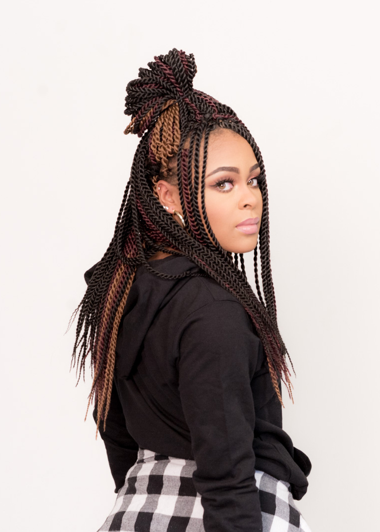Senegalese Twists, Partial Crochet Brand: Freetress by Shake N Go Product: Long Senegal Twist in Colors 2, 27, 350