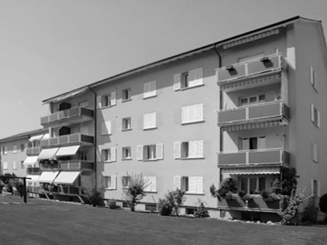 … in Oftringen vier Mehrfamilienhäuser mit total 45 Wohnungen