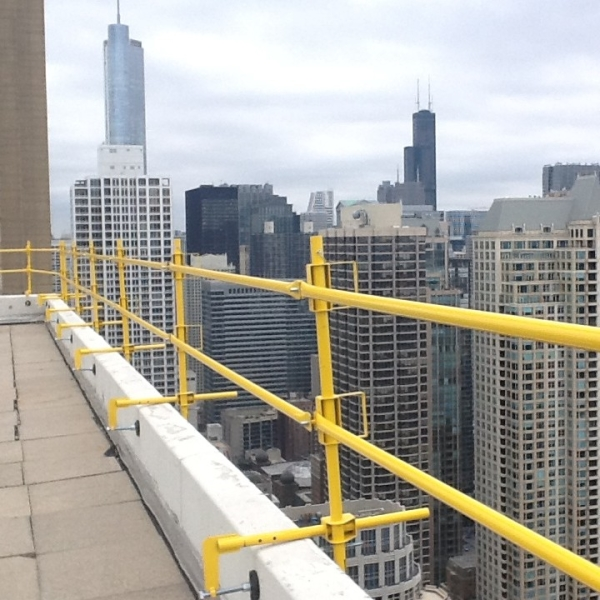 AES-Raptor-All-in-One-Safety-Railing-Chicago