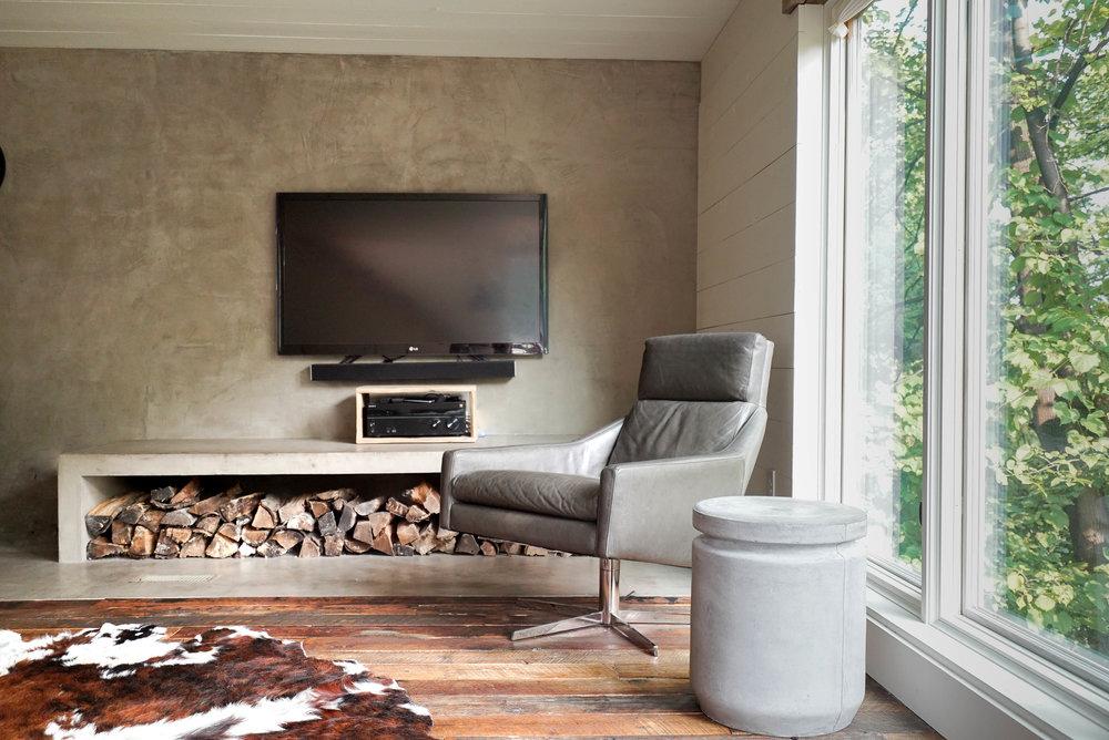 scandinavian modern living room TV wall.jpg