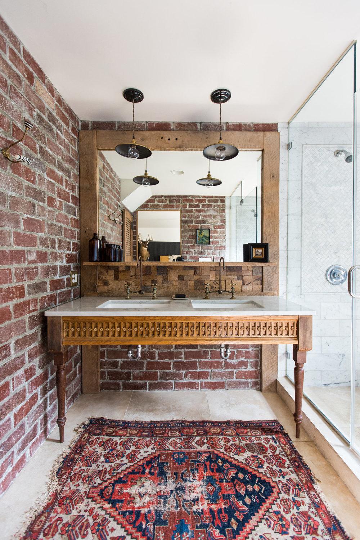 BELU_bathroom_20180810OlliepopShoot-254.jpg