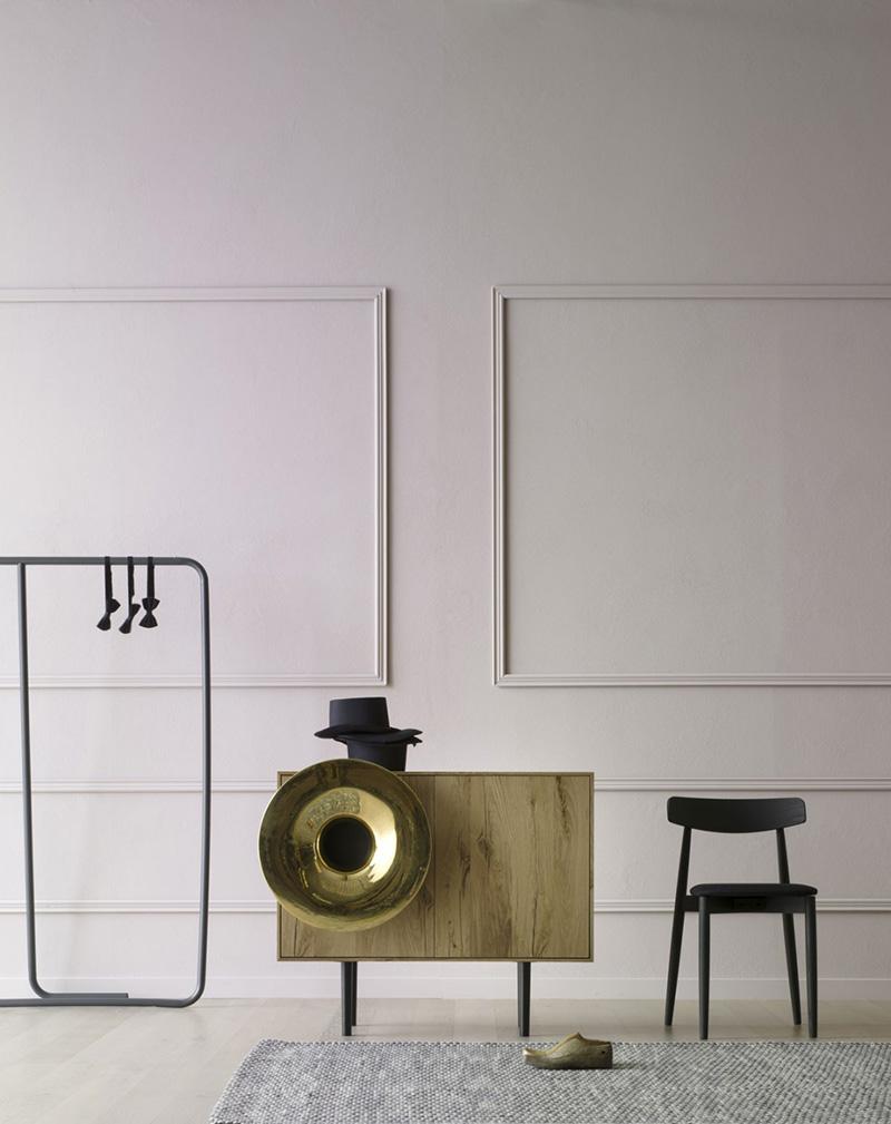 horn-cabinet-01.jpg