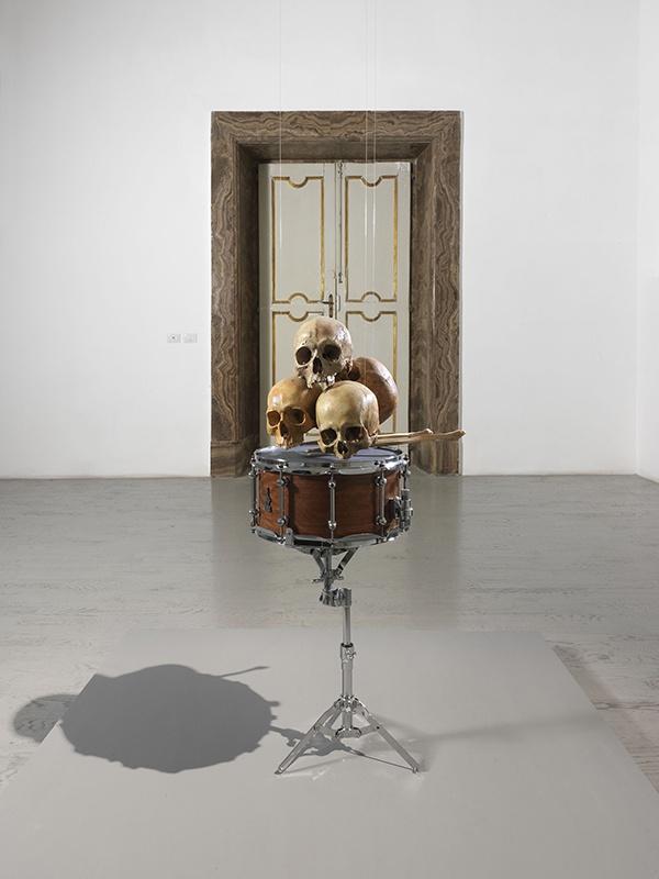 drums-skull-02.jpg