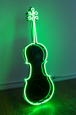 Charlotte Moorman, Neon Cello, 1989