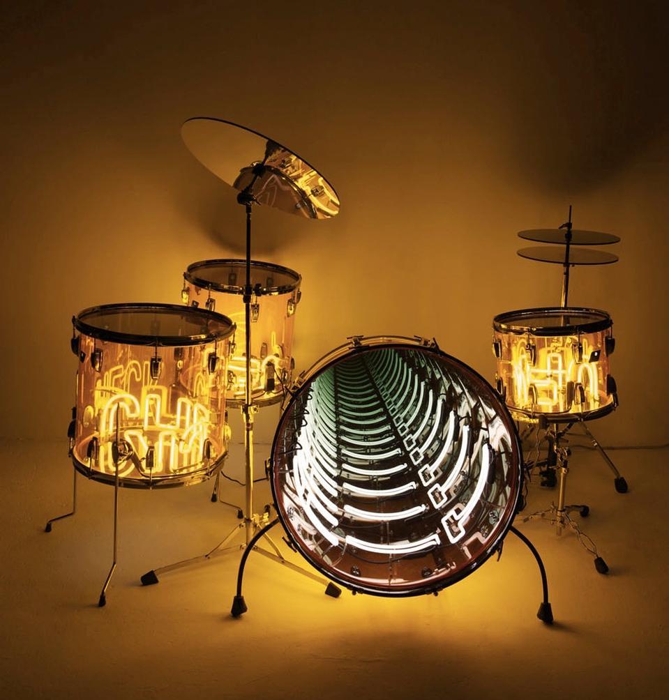 Ivan Navarro, Wail, 2010 Neon light, plexiglass drums, metal, mirror, one-way mirror and electric energy.