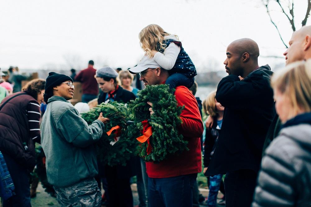 Wreaths Across America-0059.jpg