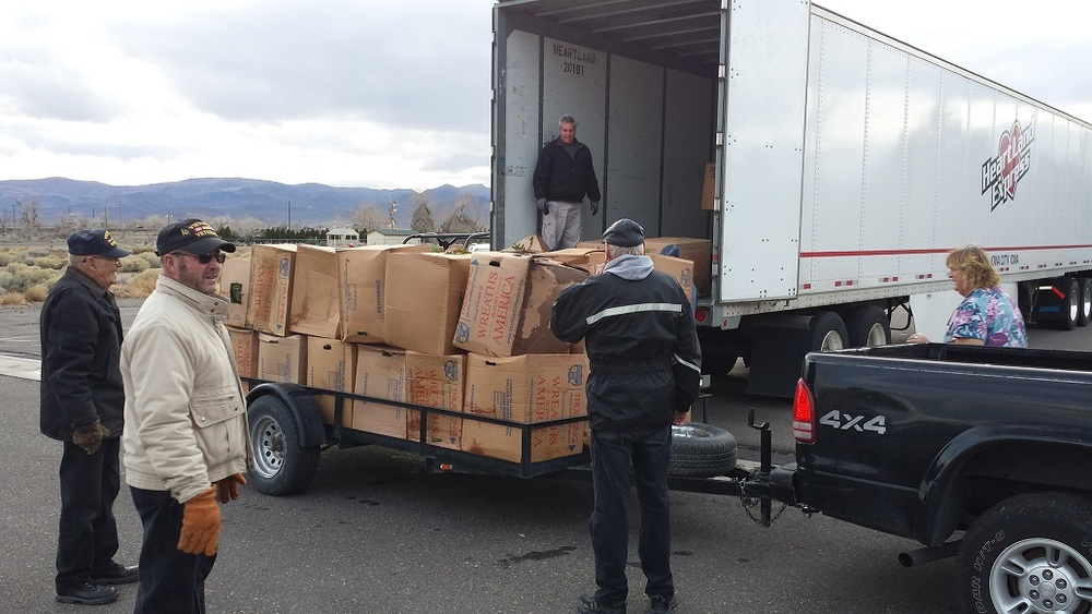 Wreath Load 2014 5.jpg