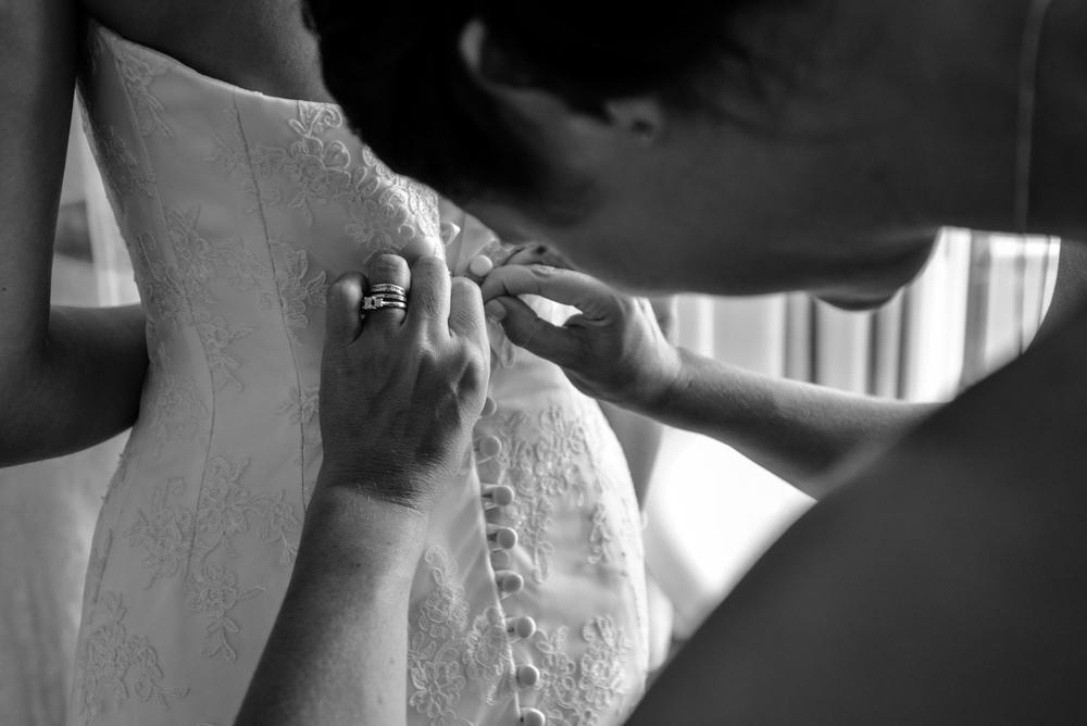 watergate-bay-hotel-wedding-photography-19.jpg