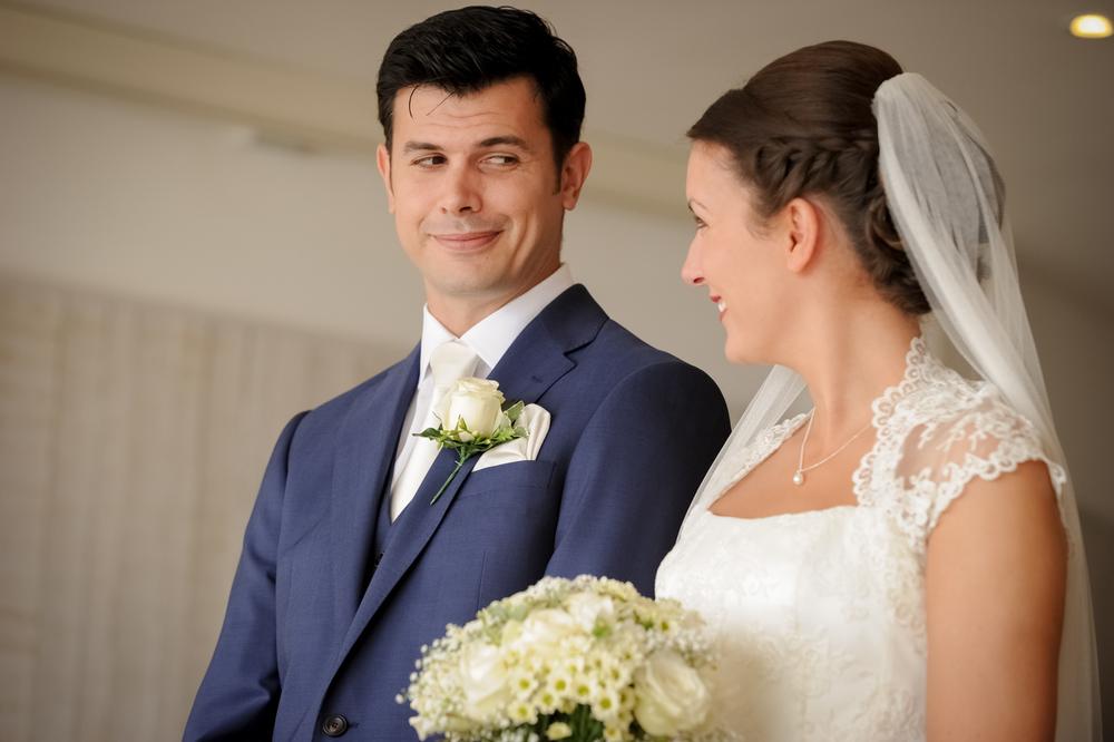 watergate-bay-hotel-wedding-photography-37.jpg