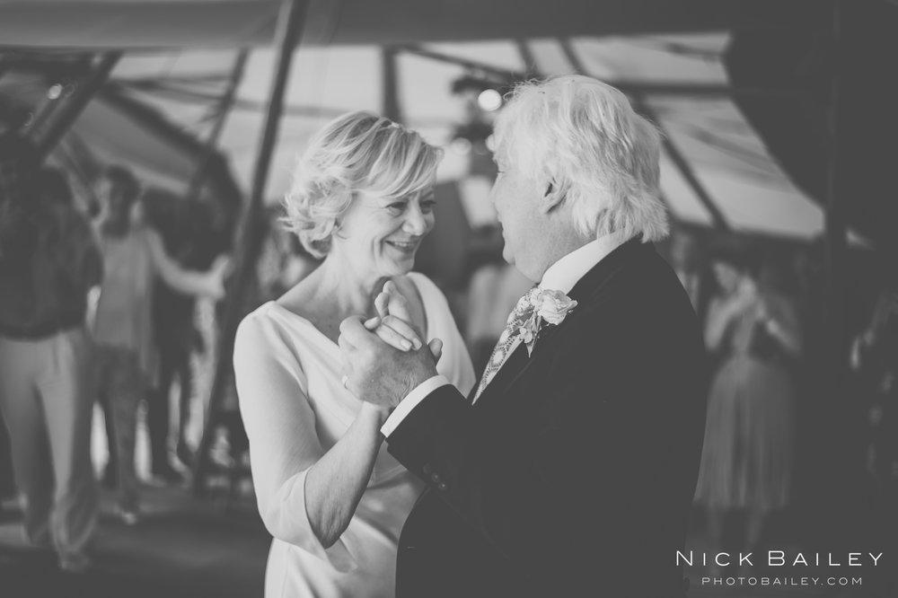 wedding-photographer-cornwall-87.jpg