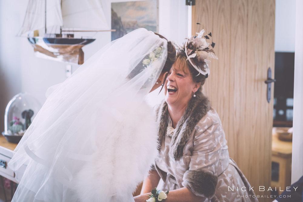 trevibban-mill-wedding-19.jpg