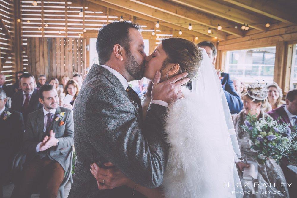 trevibban-mill-wedding-36.jpg