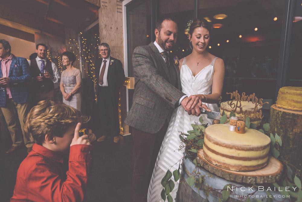 trevibban-mill-wedding-100.jpg