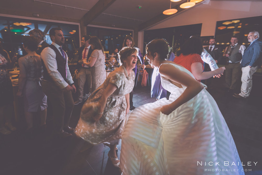 trevibban-mill-wedding-106.jpg