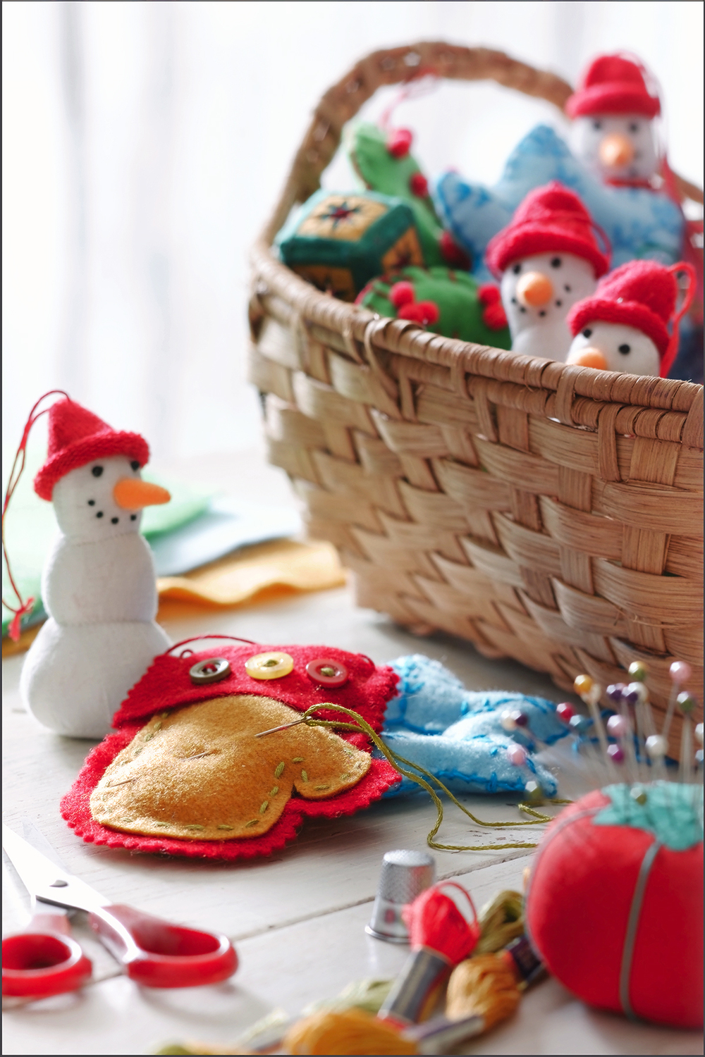 crafted snowmen.jpg