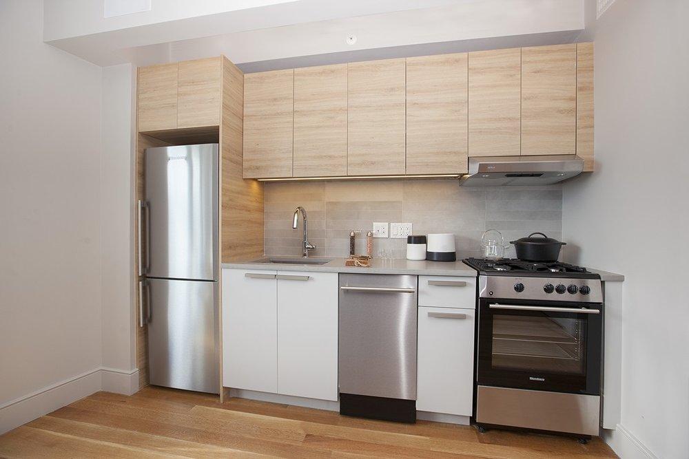 60th_Street_968_Model02_Kitchen_.jpg