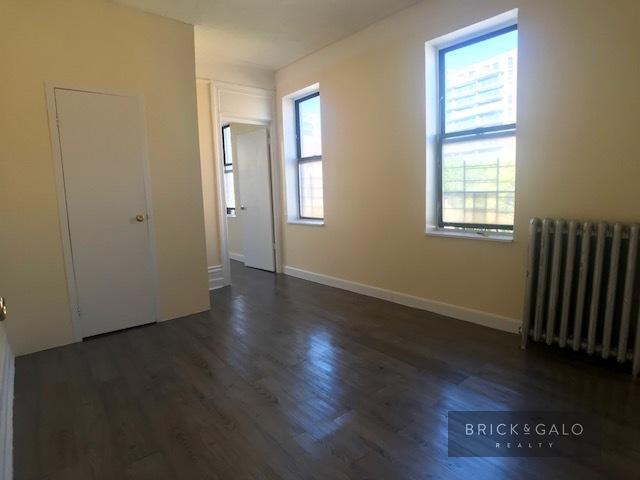 2120 Crotona Ave.2 bed - 1 bathRent $ 1,675 -