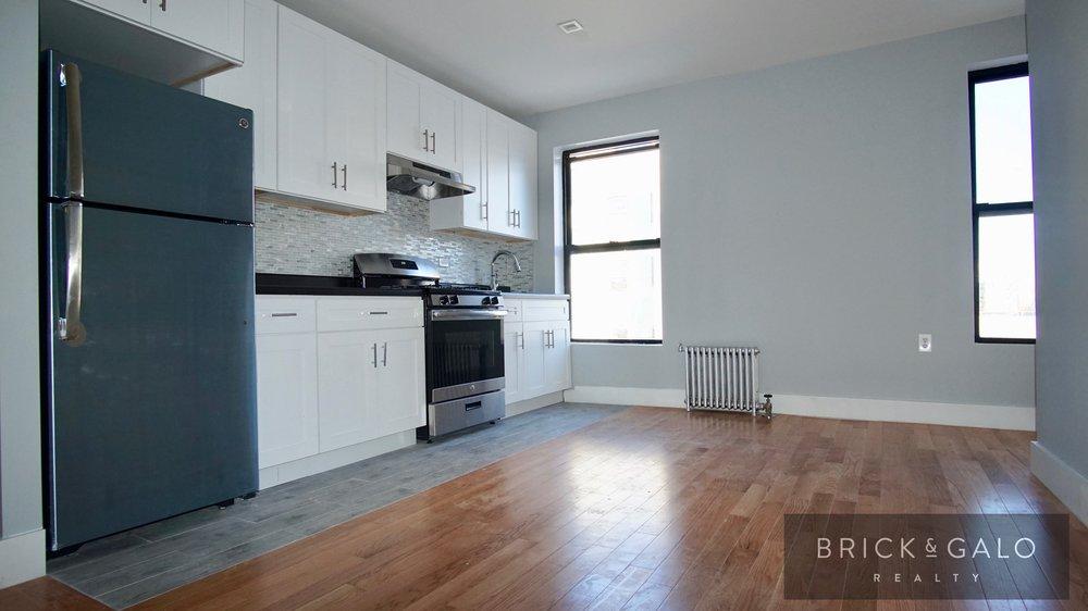 4464 Park Avenue2 bed - 1 bathRent $ 1,650 -