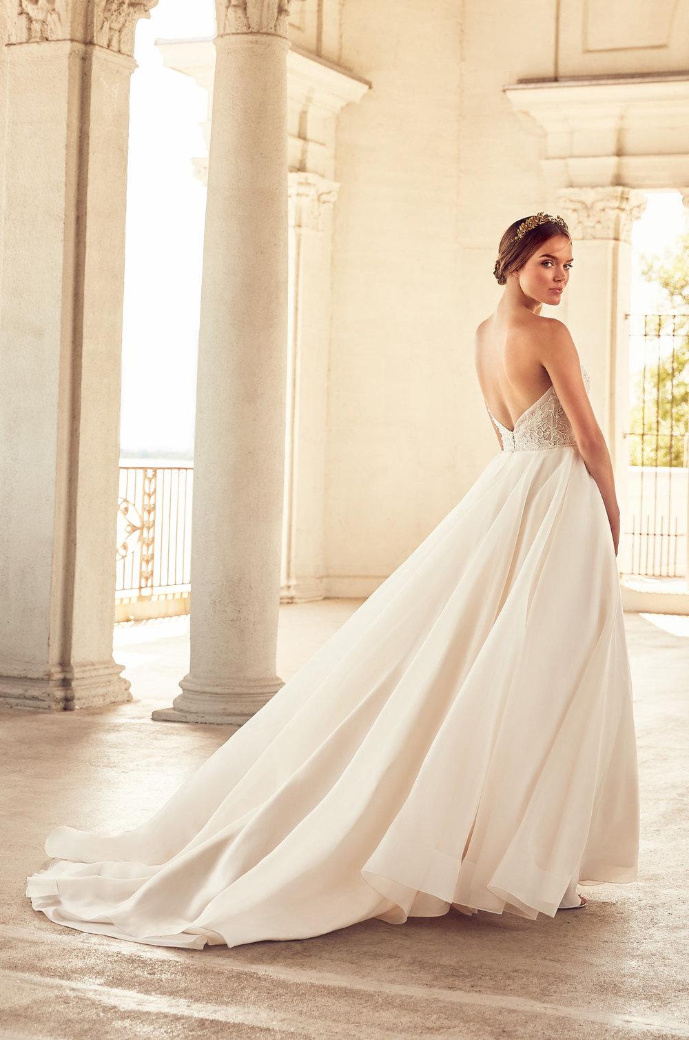Paloma Blanca - style 4785