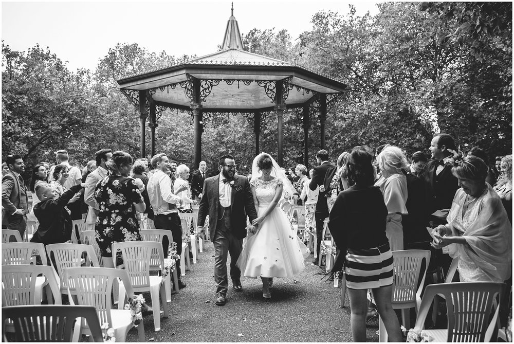 battersea bandstand wedding photography_0004.jpg