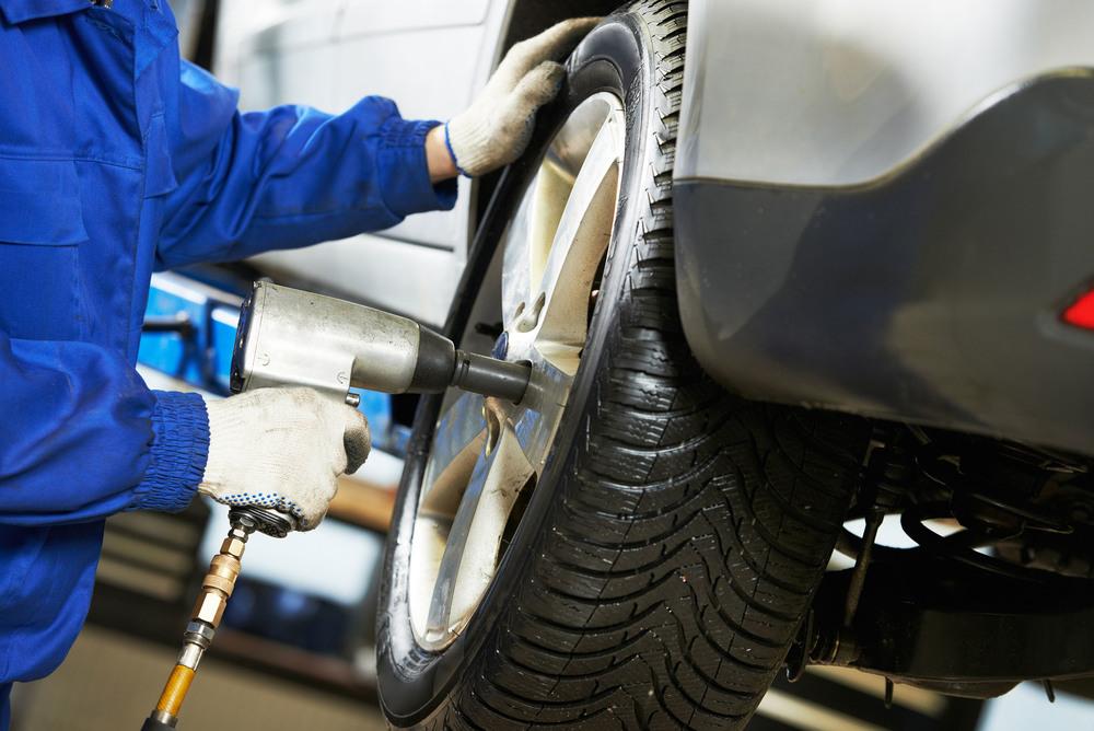 Talleres MOYABACA   Buen Precio, Buen Servicio   Mantenimiento vehicular preventivo, profesional y confiable