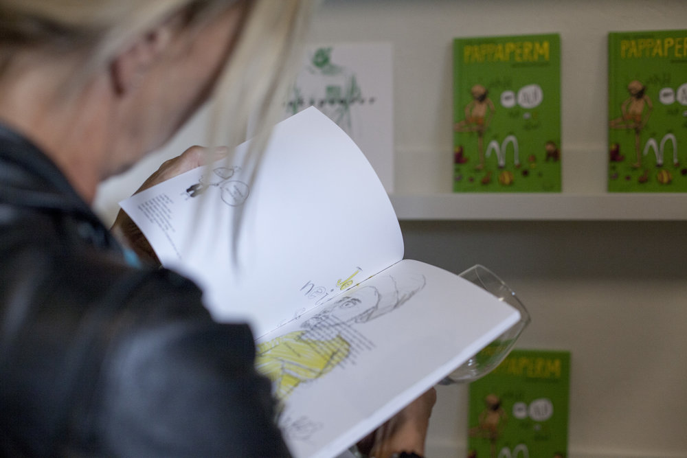 Alltid moro å se reaksjonene til folk som leser bøkene mine. :)