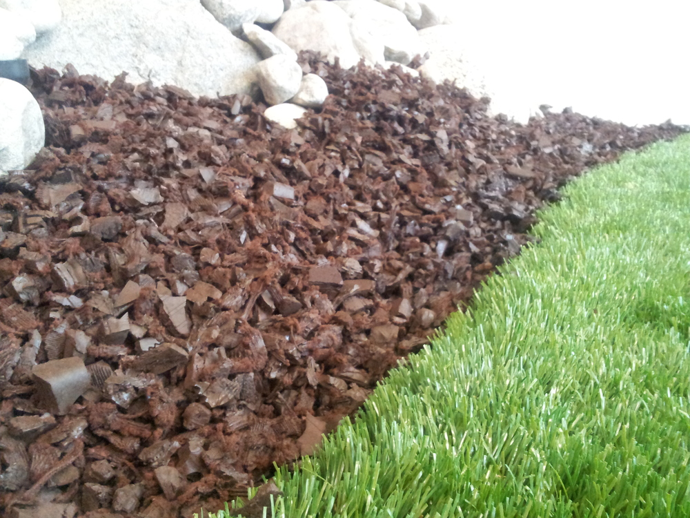 Brown-Rubber-Mulch-2.jpg
