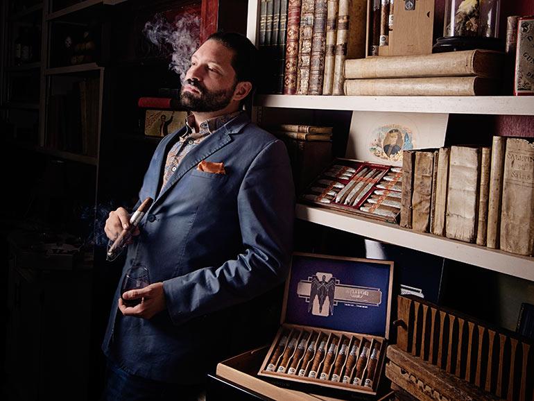 MEET DARREN CIOFFI: WORLD RECORD HOLDER FOR SLOW CIGAR SMOKING