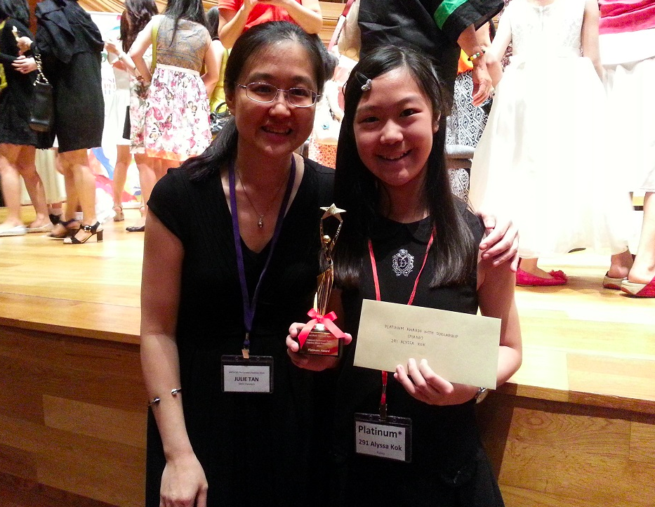 Alyssa Kok with Julie Tan (left), President of the Singapore Music Teachers' Association.