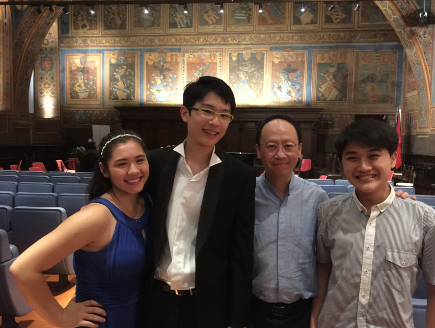 Left to right: Vanessa Haynes (U.S.A.), Tommy Leo (Singapore), Benjamin Loh, Muzi Zhao (China)