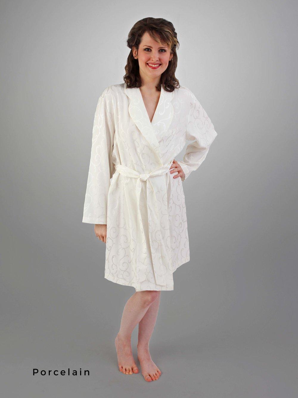 96b4a18cc15 CELAIST Short Robe — Linda Hartman Intimates
