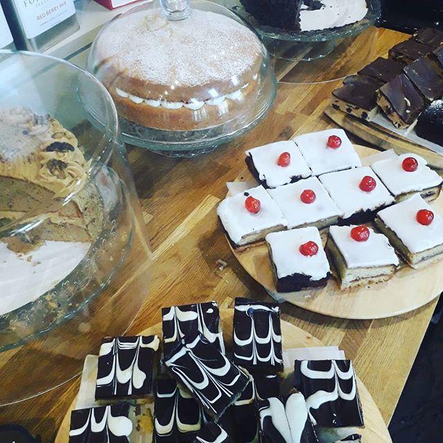 #sunday #breakfast #swithland #deli #homemade #cake 💖💖💖💖