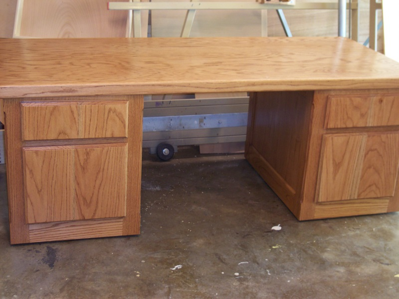 Red Oak Pedestal Desk with Wheels