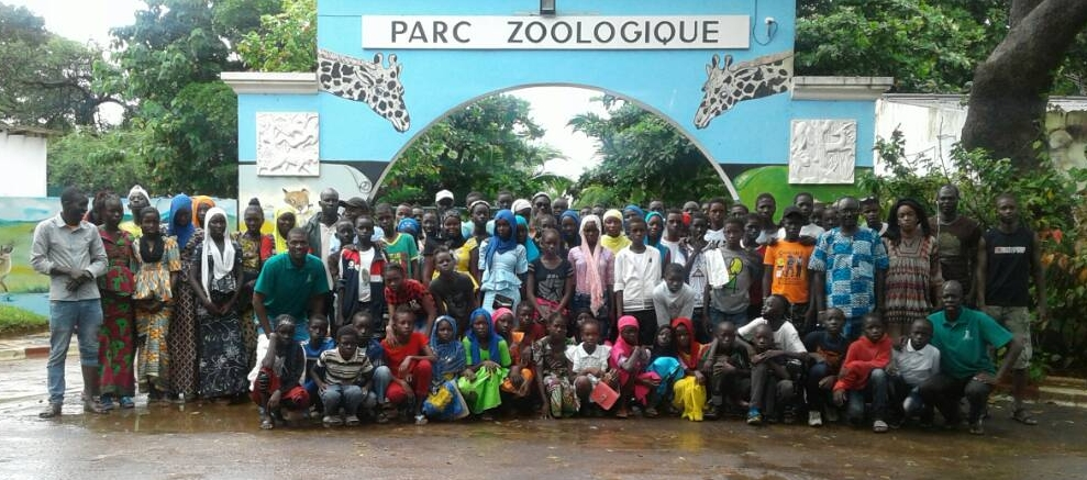 Students from three partner schools in Keur Soce enjoying the Dakar Zoo on the annual Student Field Trip.