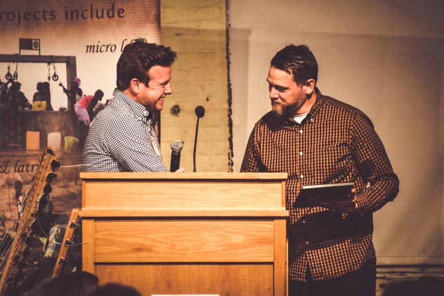 Randal Goodman receiving an award on behalf of Hub City Church.