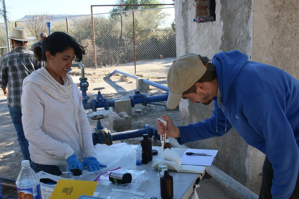 Llevamos nuestro programa de monitoreo de agua del campo a tu casa.