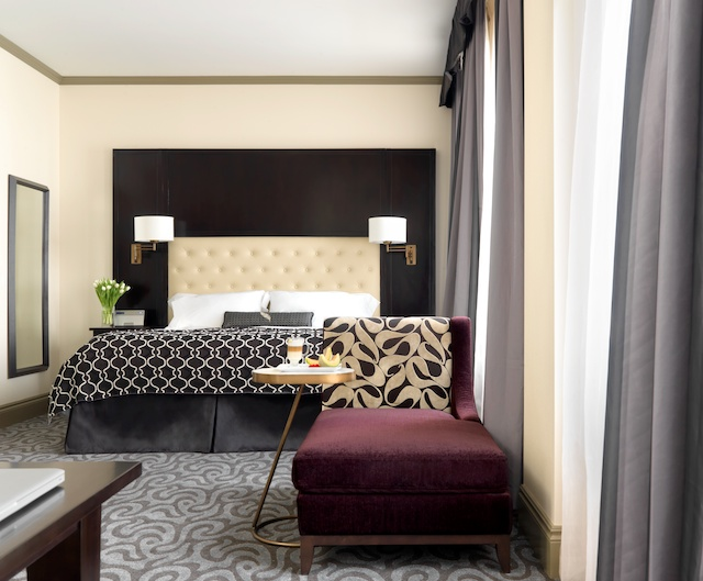 hotelblackhawk-3.jpg