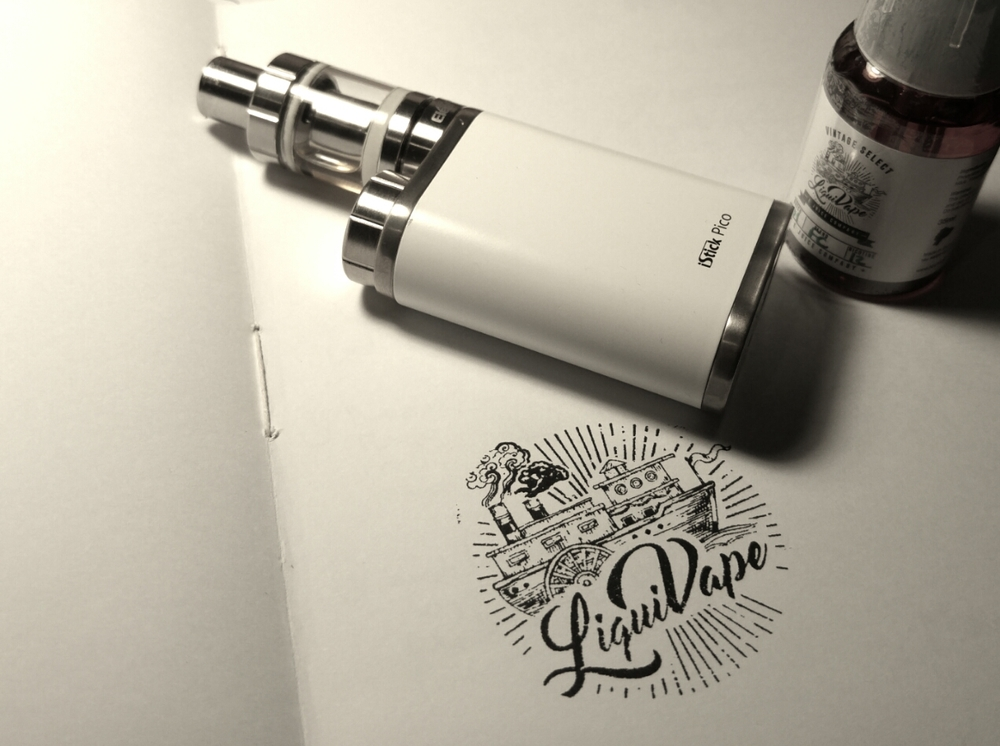 iStick Pico en color blanco