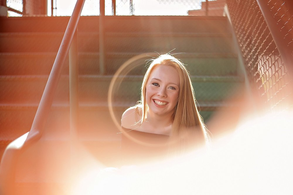 lauren-grayson-akron-ohio-cleveland-senior-photographer-thuressa_0011.jpg