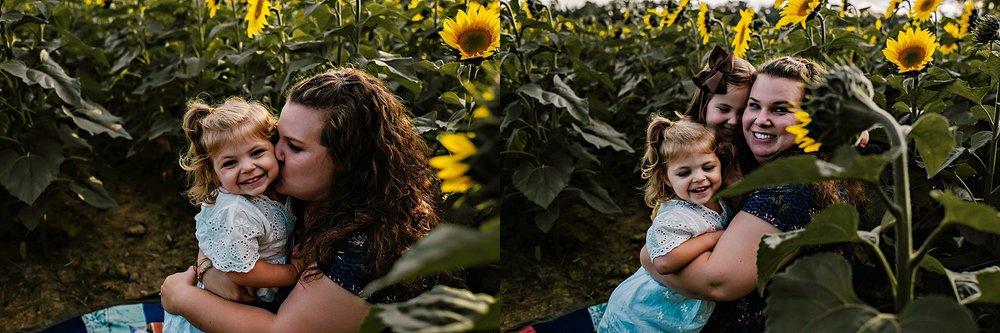 Rutherford-family-cleveland-photographer-lauren-grayson-sunflower-field-session_0016.jpg