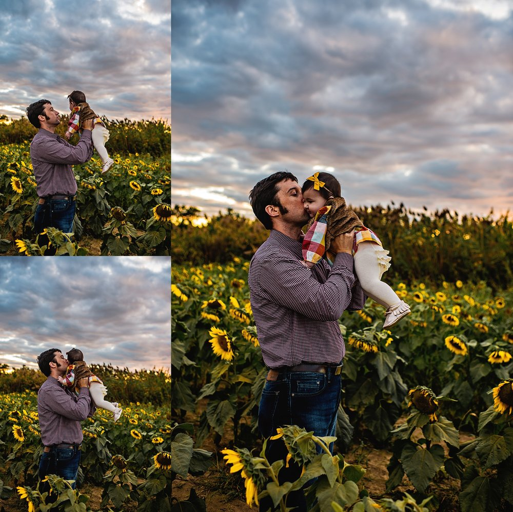 Turner-family-akron-ohio-photographer-lauren-grayson-sunflower-field-session_0010.jpg