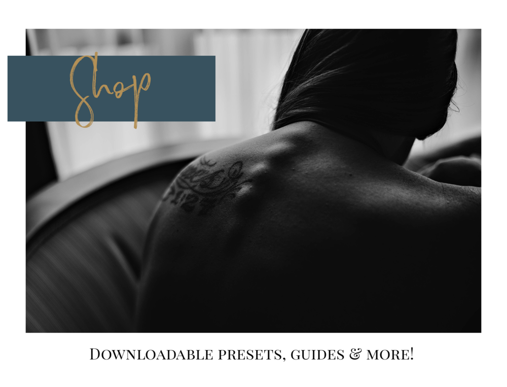shop-image-website-lauren-grayson-text-overlay-black-white-boudoir-back-image.png