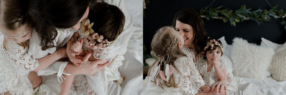 lauren-grayson-photography-portrait-artist-akron-cleveland-ohio-photographer-growth-comparison-breakout-clickin-moms_0147.jpg