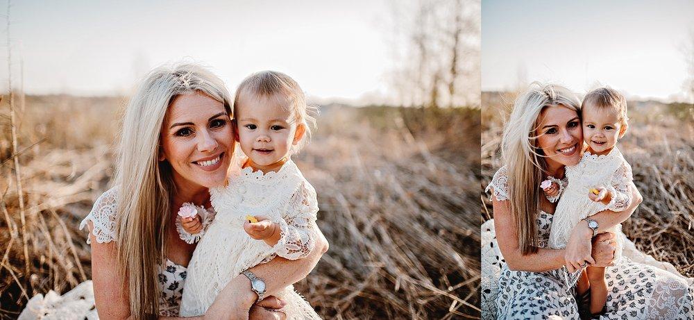 lauren-grayson-photography-portrait-artist-akron-cleveland-ohio-photographer-family-motherhood-fields-sunset-spring-photos-family-child-tallmade-photographer_0264.jpg