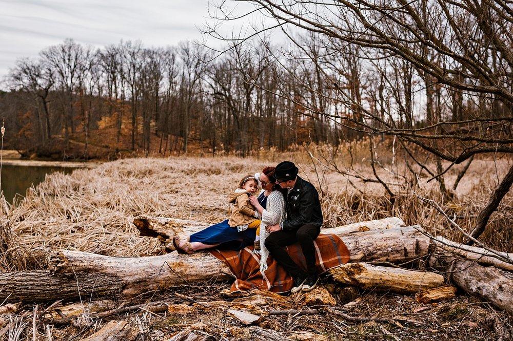 lauren-grayson-photography-portrait-artist-akron-cleveland-ohio-photographer-growth-comparison-breakout-clickin-moms_0105.jpg