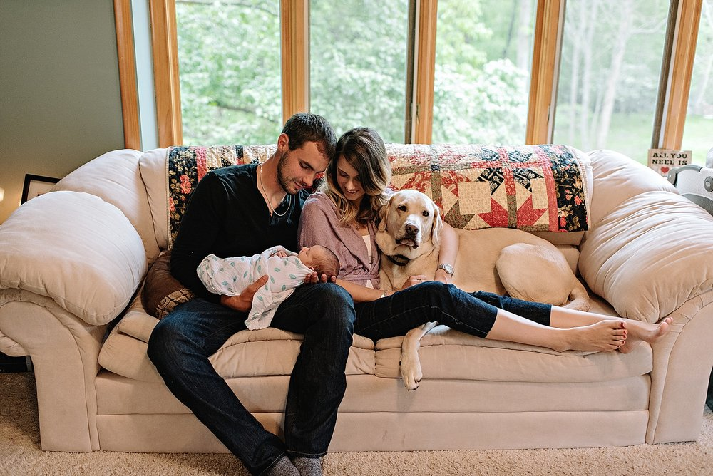 lauren-grayson-photography-cleveland-ohio-photographer-family-newborn-in-home-lifestyle-baby-session-gracelynne_0403.jpg